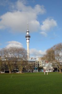 400px-Sky_Tower_From_Victoria_Park